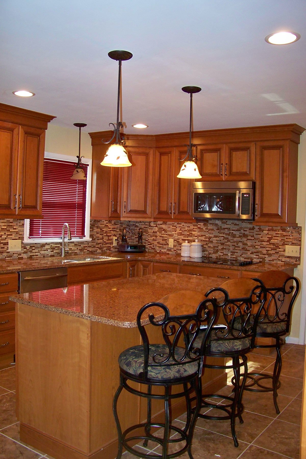 Cherry Spice With Glass Kitchen